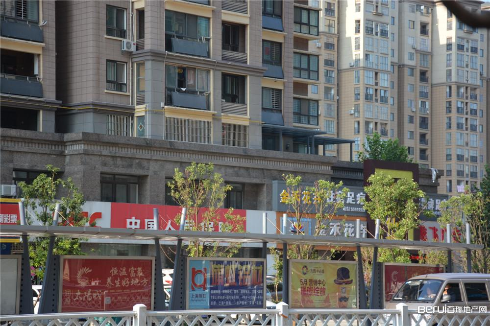 宝龙广场附近配套