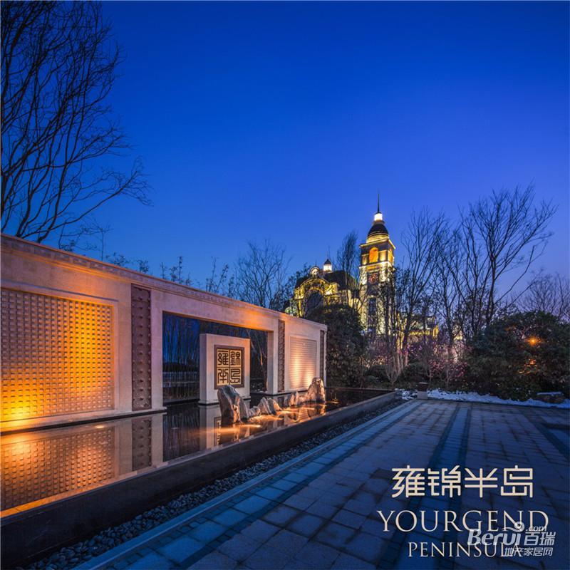 蓝光雍锦半岛夜景图