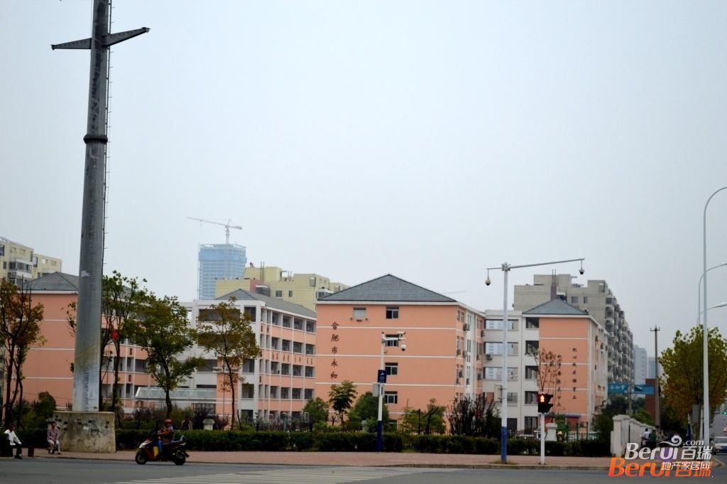 祥源·金港湾旁边永和学校