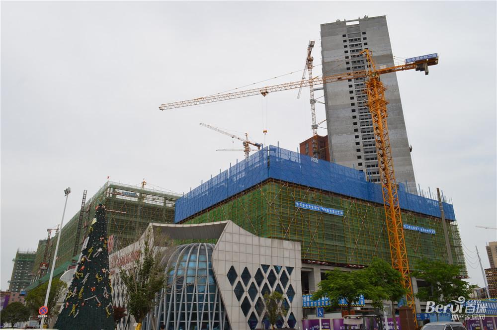 宝利丰广场项目最新工程进度一览。 25/60