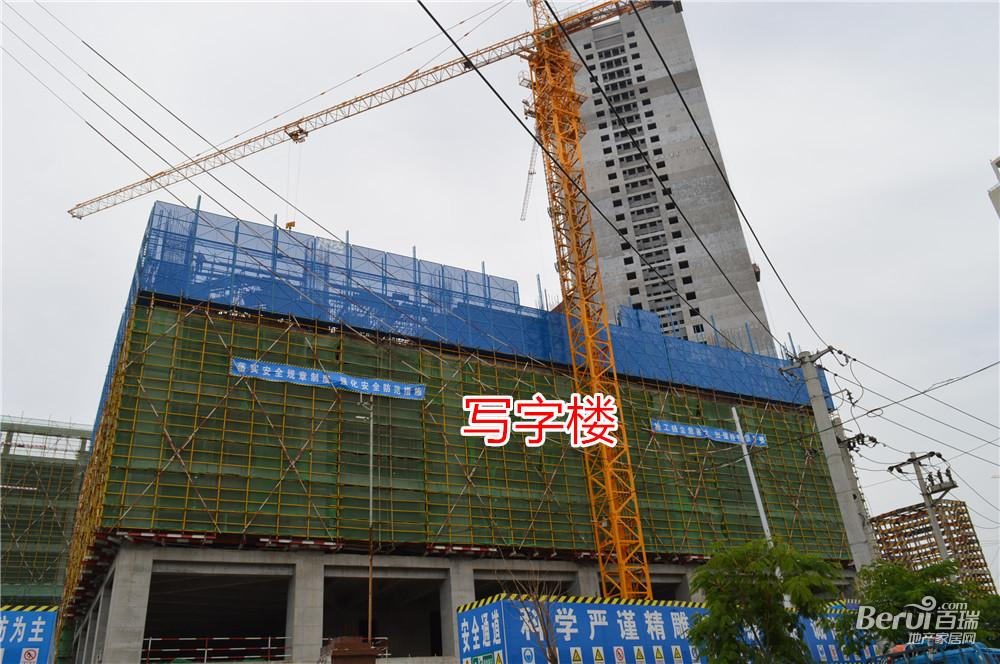 宝利丰广场最新工程进度图 20/60