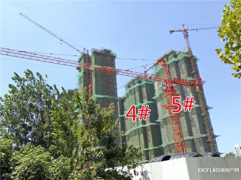 圣联梦溪小镇4#、5#楼封顶
