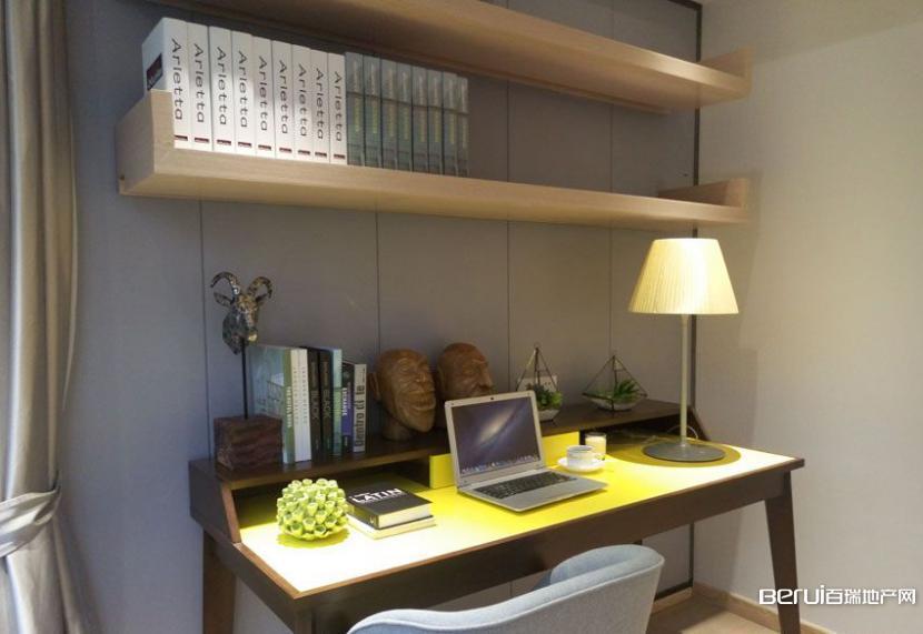 华地森林语样板间-书房