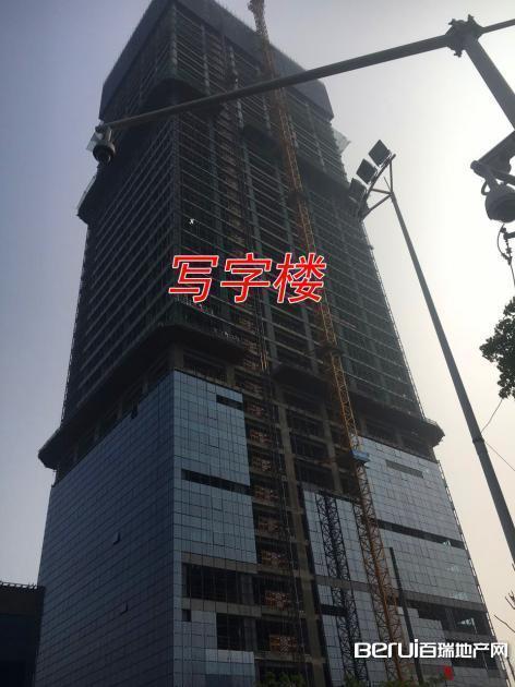宝利丰广场写字楼正在进行外围软装 5/60