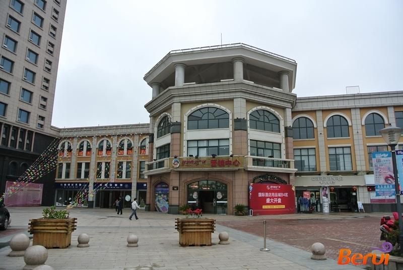 明发商业广场售楼处