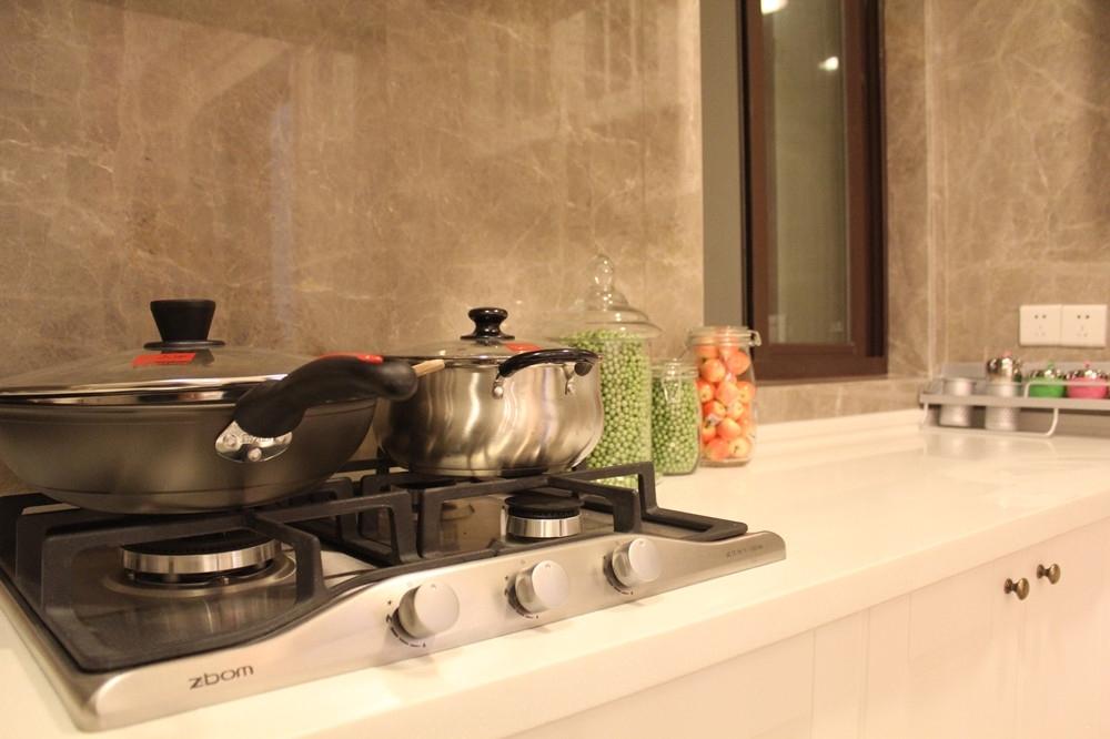 利港银河广场88.2平米样板间厨房厨房
