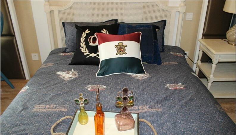和昌中央城邦样板房卧室