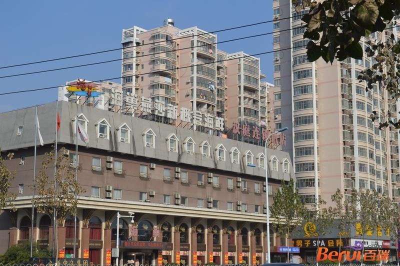 中国铁建青秀城周边配套
