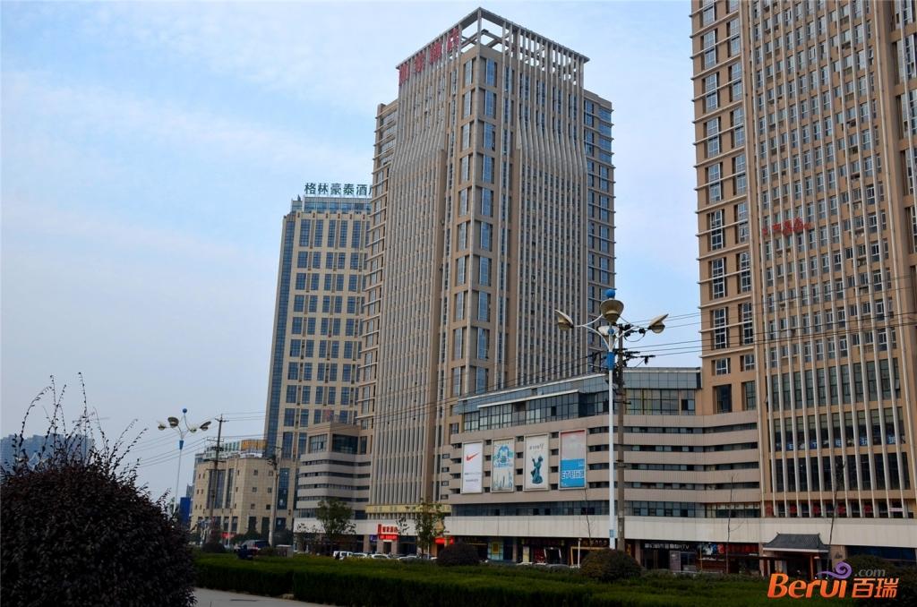 凤凰文化广场周边商场