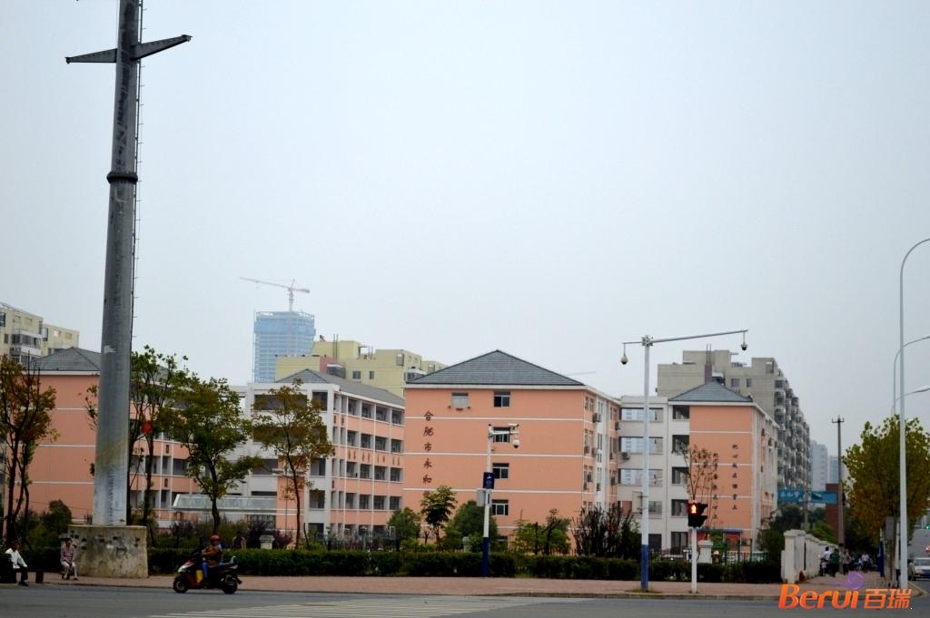 蓝光雍锦半岛附近永和学校